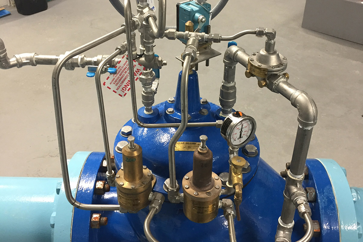 Automatic and Manual Controls for Valves